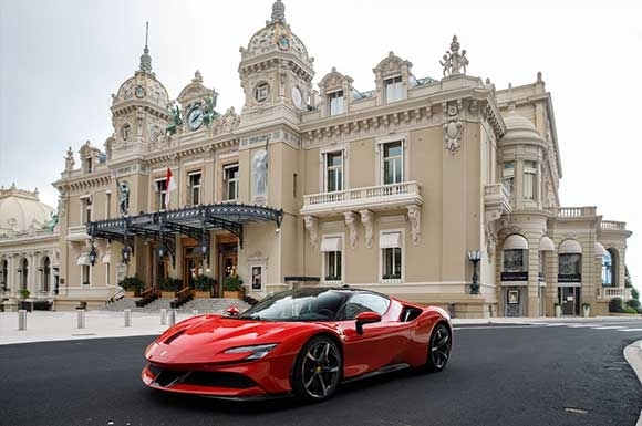 06.Ferrari-SF90-Stradale_Claude-Lelouc_Charles-Leclerc_Monaco_2020